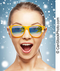 amazed girl in shades - holidays, beauty and happiness -...