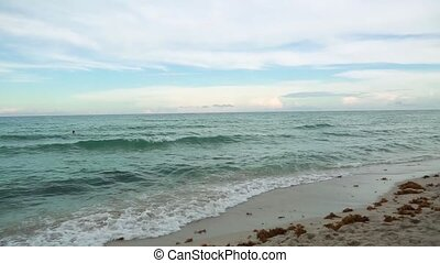 Amazing beauty Atlantic ocean horizon and blue sky. Miami beach .