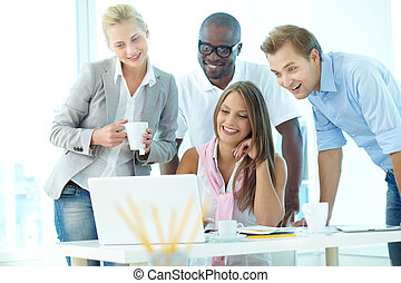 Amazing information - Group of friendly students or ...