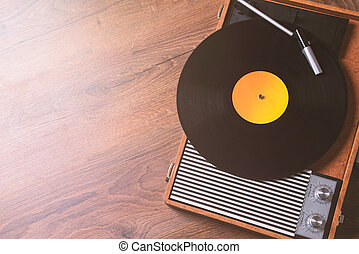 amazing older Gramophone with a vinyl record
