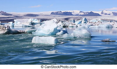 Amazing view of glacial lake Jokulsarlon in Iceland -...