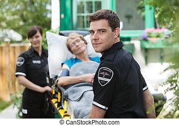 ambulancia, profesional