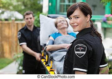ambulancia, trabajador, retrato