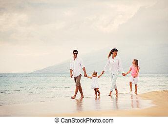ambulante, familia , ocaso, tenga diversión, playa, feliz