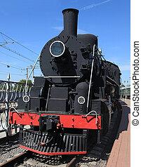 locomotive - American locomotive Ea 2450 in Moscow railroads...