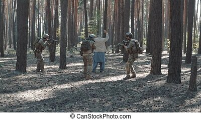 American soldiers capture terrorists - American soldiers...