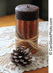Americana candle and pine cone - Pretty Americana candle ...