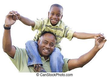 americano africano, figlio, cavalcate, papà, spalle, isolato
