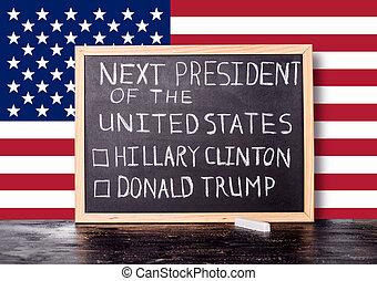 americano, eleição, conceito, com, bandeira, e, letra, texto, logo, presidente, de, estados unidos, donald, trunfo, hillary, clinton, escrito, em, chalkboard, fundo, cima