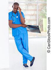 amerikaan, moe, arbeider, medisch, afrikaan