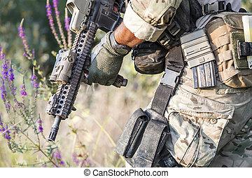 amerikan, soldat, likformig, på, den, buskar
