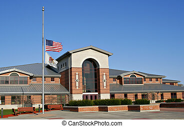amerikaner flag, hos, half-mast, ind, minde, i, slain, virginia, teknologisk., studerende