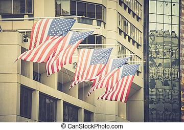 amerykańskie bandery, na, maszty flagowe, na, gmach