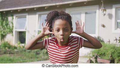 amerykanka, afrykanin, dziewczyna, zrobienie twarz