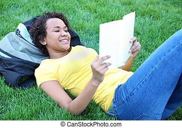 amerykanka, czytanie, ładny, afrykanin