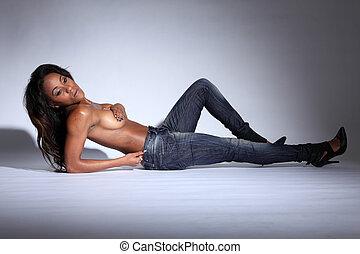 amerykanka, drelich, nagi, pół, afrykańska kobieta, dżinsy