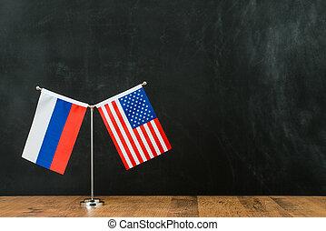 amerykanka, i, rosyjska bandera, na, maszt flagowy