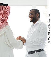 amerykanka, mężczyźni, arabszczyzna, handlowy, afrykanin