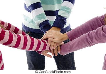 amici, accomunato, meglio, mani