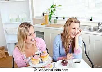 amici, femmina, mangiare, allegro, due