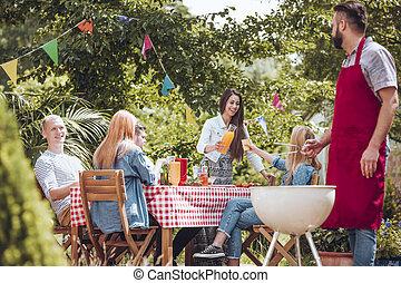 amici, partying, giardino