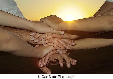 amigável, família, contra, a, pôr do sol