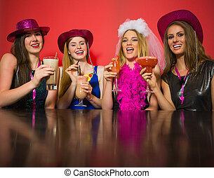 amigos, cócteles, teniendo, tenencia, fiesta, reír, gallina