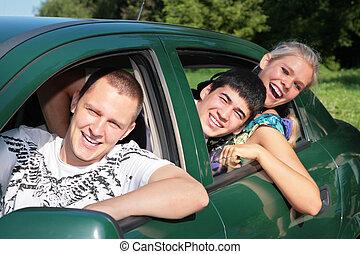 amigos, en coche