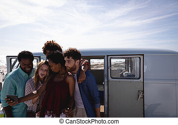 amigos, teniendo, mientras, cerveza, grupo, selfie, playa,...