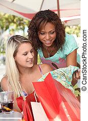 amis, achats, deux, sacs