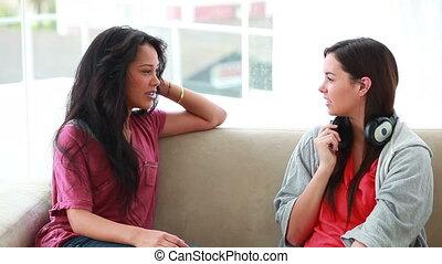 amis, autre, conversation, chaque, heureux