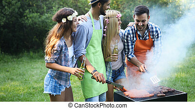 amis, groupe, barbecue, confection