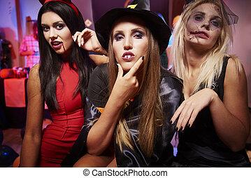 amis, halloween, trois, fête