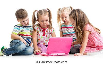 amis, ordinateur portable, groupe, enfants