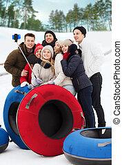 amis, sourire, groupe, neige, tubes