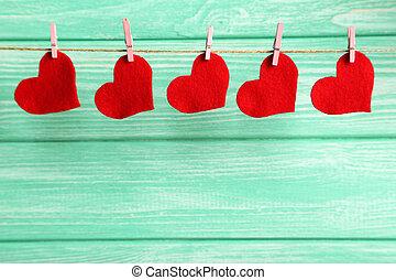 amor, madeira, corda, fundo, penduradas, corações, hortelã