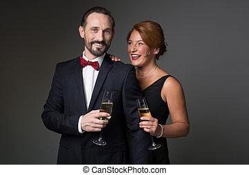 amoroso, feliz, champaña, bebida, pareja, ocasión especial