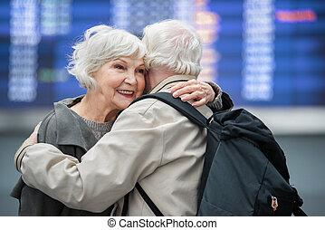 amour, épouse, optimiste, embrasser, vieux, mari