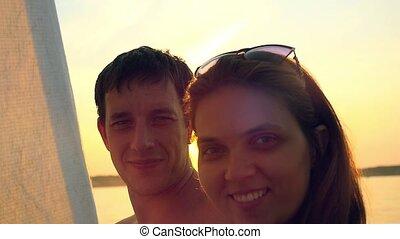 amour, autour de, voile, couple, lune miel, yacht, story., voyage, mondiale, voyage, yacht., sunset.