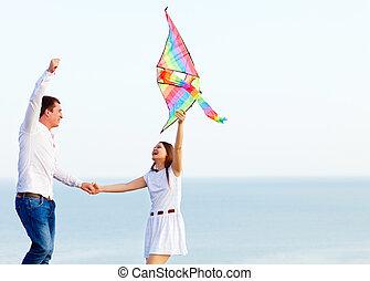 amour, cerf volant, couple, voler, plage, heureux