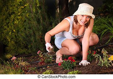 amour, gardening!