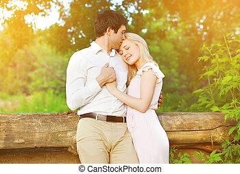 amour, romantique coupler, jeune, dehors, agréable