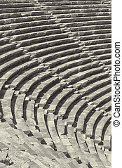 amphitheatre, 側