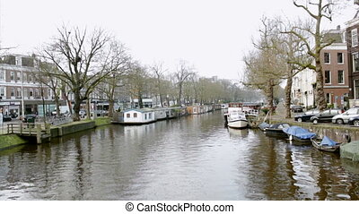 Amsterdam - 013- Singelgracht - Early morning winter view on...
