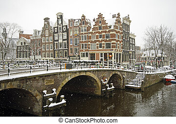 amsterdam, Pays-Bas, hiver, neigeux