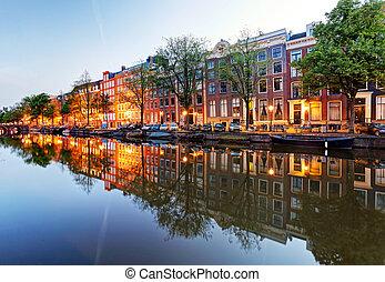 amsterdam, w nocy, niderlandy