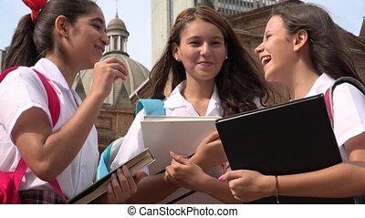 amusement, catholique, eduquer filles, avoir