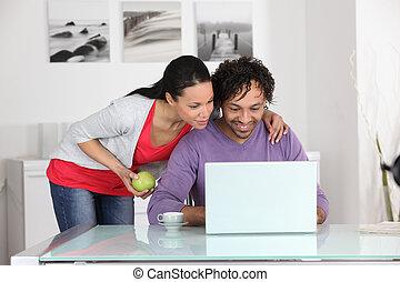 amusement, couple, avoir, internet