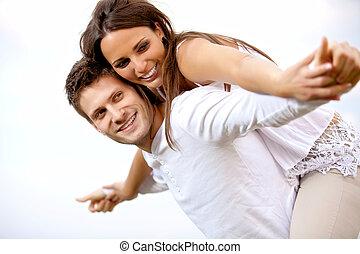 amusement, couple, heureux, avoir, jeune