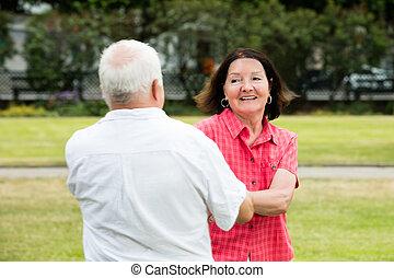 amusement, couple, parc, avoir